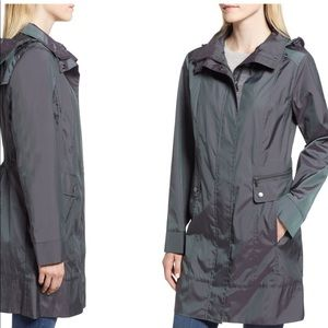 NWT Cole Haan Back Bow Packable Hooded Raincoat